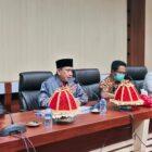 Bupati Wajo H. Amran Mahmud bersana Ketua DPRD Wajo HA. Alauddin Palaguna menerima kunjungan Pansu DPRD Sulsel Terkait Penyelenggarran Bantuan Hukum.